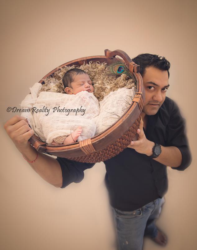 newborns-portraitsfashion_portraits_dreamrealityphotography-