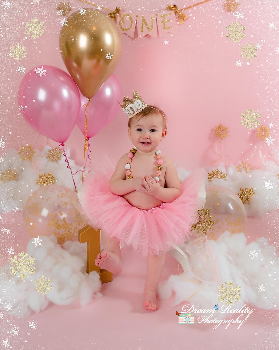 Winter Wonderland Cake Smash { Snowflakes & Magical First Birthday|Brick NJ Baby Photographer